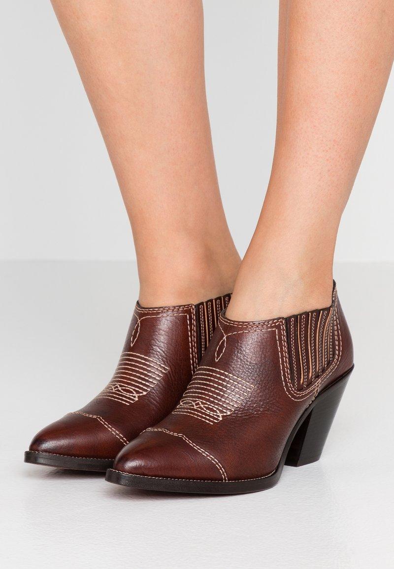 Polo Ralph Lauren - LOWREY CASUAL - Ankle Boot - dark cognac