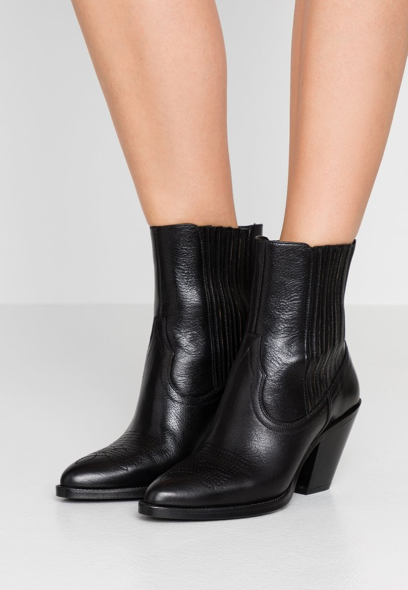 Polo Ralph Lauren - SMOOTH LOWREY - Cowboy/biker ankle boot - black