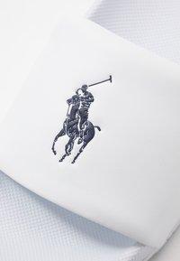 Polo Ralph Lauren - CAYSON - Muiltjes - white/navy - 5