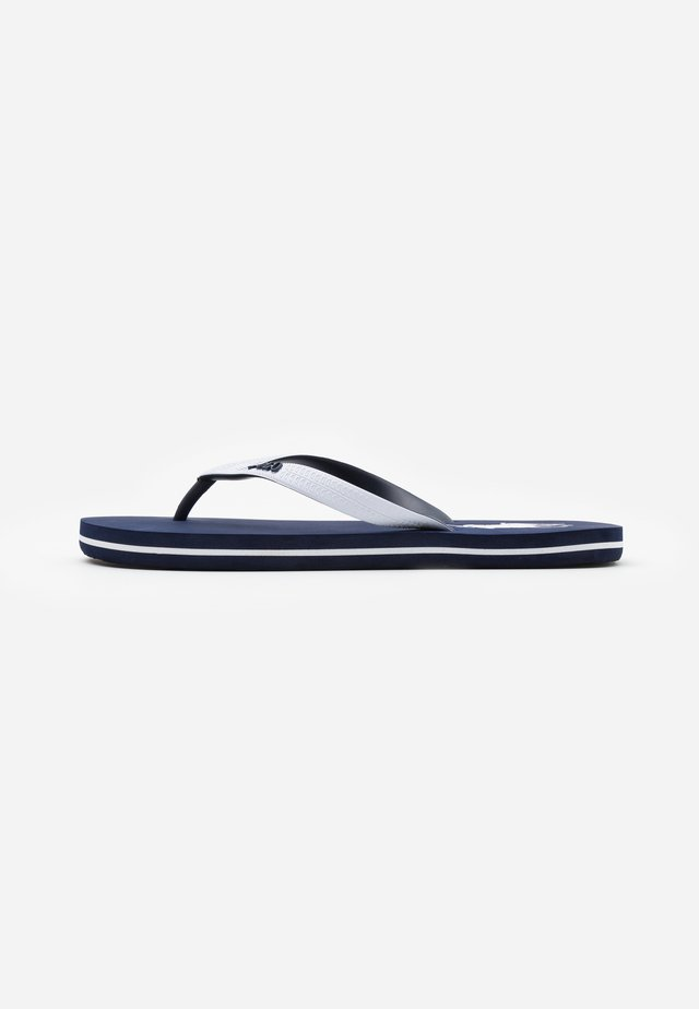 Pool shoes - navy/white