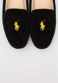 Polo Ralph Lauren - EXCLUSIVE DEZI IV - Pantoffels - black/gold - 5