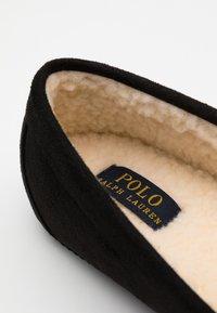Polo Ralph Lauren - EXCLUSIVE DEZI IV - Pantoffels - black/gold - 3