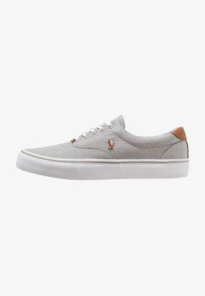 THORTON - Zapatillas - soft grey