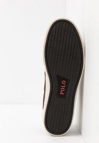 Polo Ralph Lauren - SAYER - Sneakersy niskie - dark brown - 4