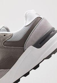Polo Ralph Lauren - Tenisky - channel grey - 6