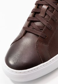 Polo Ralph Lauren - JERMAIN II  ATHLETIC SHOE - Sneakers - brown - 5