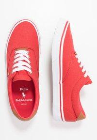 Polo Ralph Lauren - THORTON - Matalavartiset tennarit - red/multicolor - 1