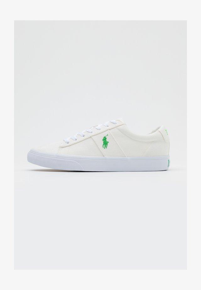 SAYER - Sneakers - white/neon green