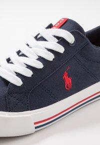 Polo Ralph Lauren - EVANSTON - Sneakers basse - navy/red - 5