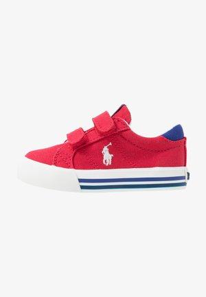 EVANSTON - Sneakers basse - red/navy