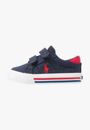 EVANSTON - Sneakers basse - navy/red