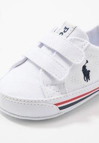 Polo Ralph Lauren - EVANSTON LAYETTE - Geboortegeschenk - white/navy - 2