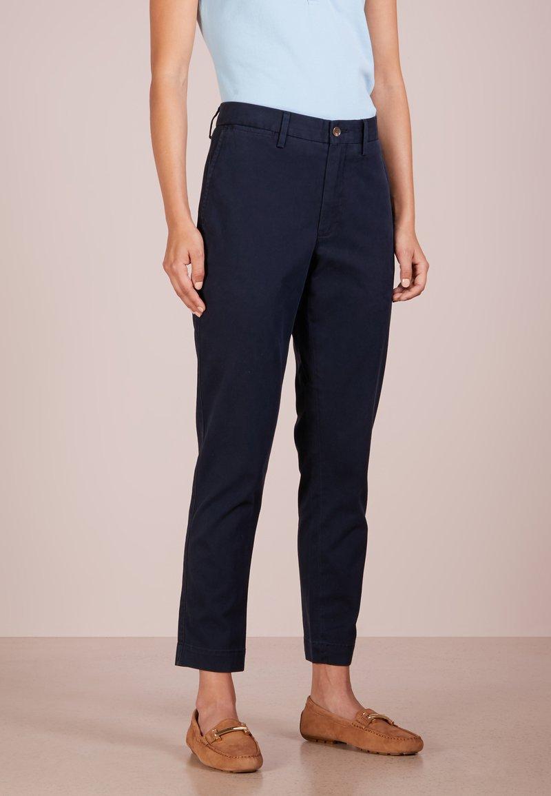 Polo Ralph Lauren - Spodnie materiałowe - aviator navy