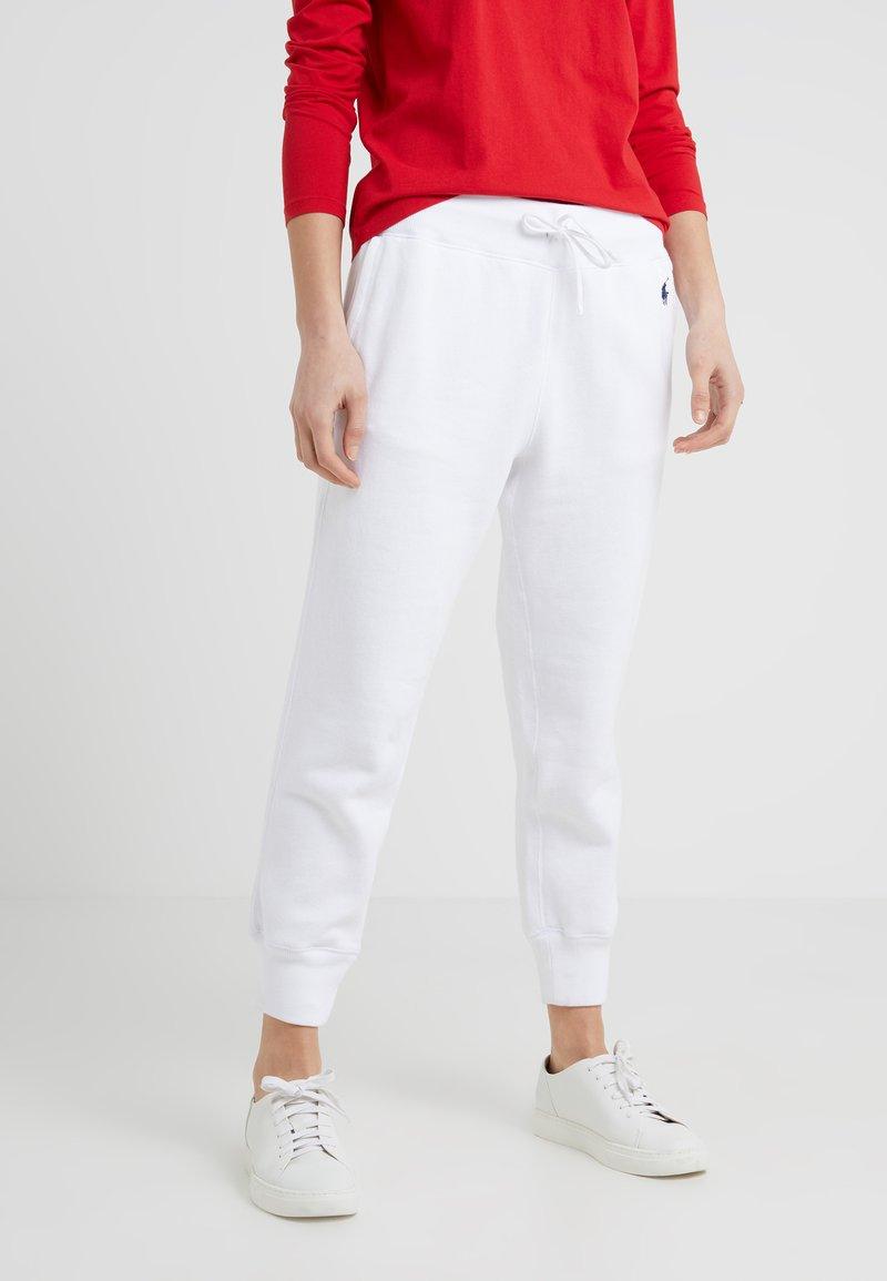 Polo Ralph Lauren - SEASONAL - Pantalones deportivos - white