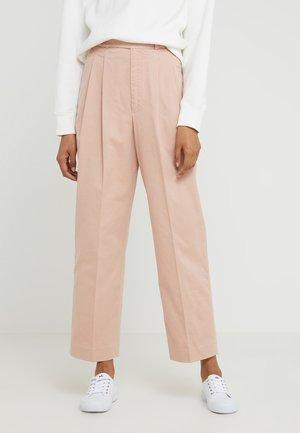 GARMENT DYE - Pantalon classique - pale pink