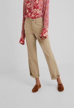 MONTAUK - Spodnie materiałowe - surrey tan