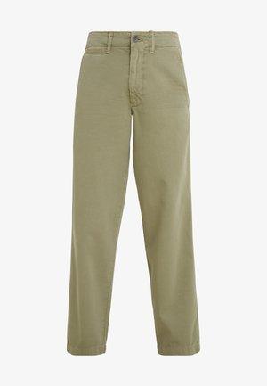 MONTAUK - Pantalon classique - sage green