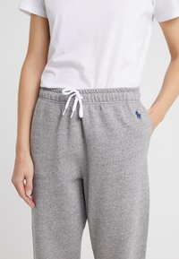 Polo Ralph Lauren - SEASONAL  - Pantaloni sportivi - dark vintage heat - 4