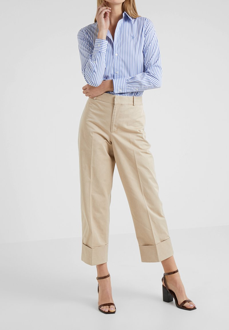 Polo Ralph Lauren - PIECE DYED - Stoffhose - classic tan