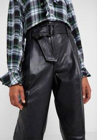 Polo Ralph Lauren - SHINE LUX  - Pantalón de cuero - polo black - 6