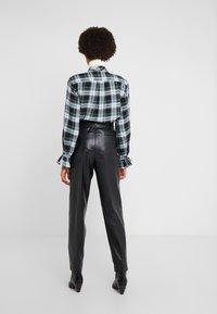 Polo Ralph Lauren - SHINE LUX  - Pantalón de cuero - polo black - 2