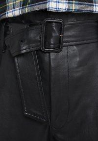 Polo Ralph Lauren - SHINE LUX  - Pantalón de cuero - polo black - 3