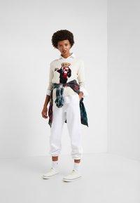 Polo Ralph Lauren - SEASONAL  - Joggebukse - white - 1