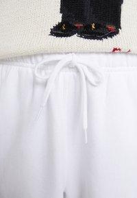 Polo Ralph Lauren - SEASONAL  - Joggebukse - white - 3