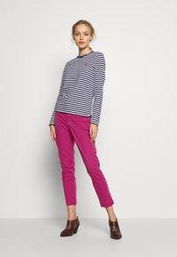 Polo Ralph Lauren - SLIM LEG PANT - Pantaloni - college pink - 1
