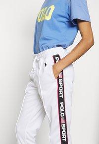Polo Ralph Lauren - TRICOT - Teplákové kalhoty - white - 3