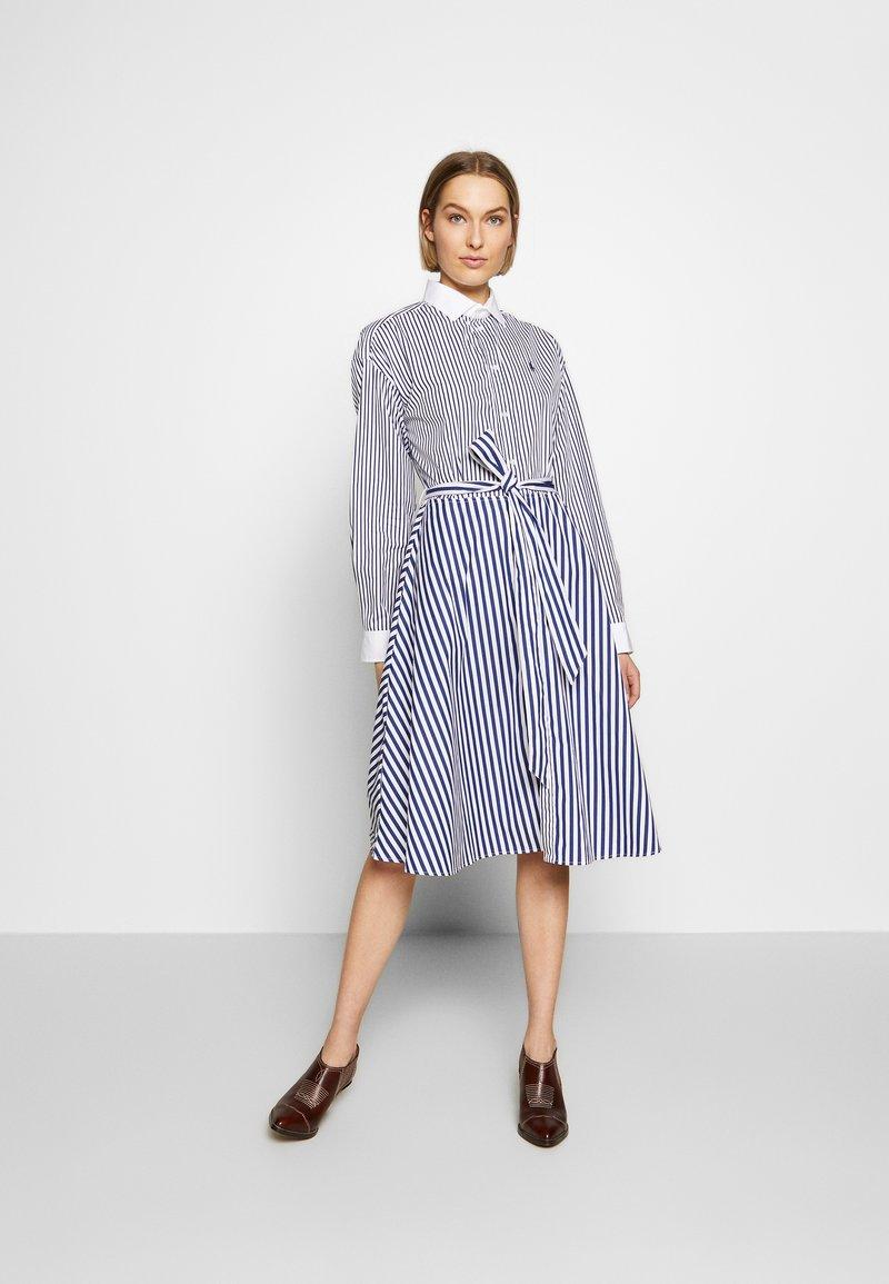 Polo Ralph Lauren - LONG SLEEVE CASUAL DRESS - Shirt dress - white/navy