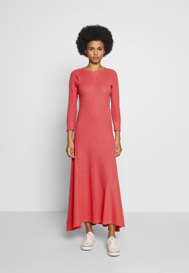 CASUAL DRESS - Vestito lungo - amalfi red