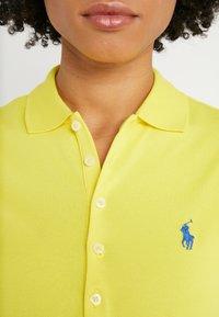 Polo Ralph Lauren - JULIE SHORT SLEEVE SLIM FIT - Polotričko - lemon crush - 4
