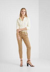 Polo Ralph Lauren - HEIDI LONG SLEEVE - Skjorte - wicket yellow - 1