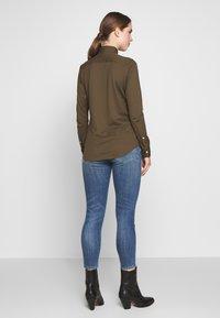 Polo Ralph Lauren - HEIDI LONG SLEEVE - Button-down blouse - defender green - 2