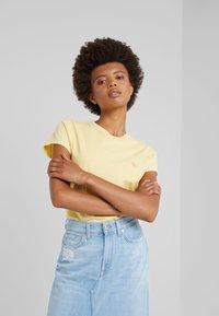 Polo Ralph Lauren - TEE SHORT SLEEVE - T-shirt basic - empire yellow - 0