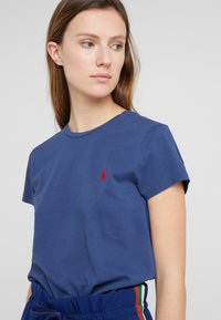 Polo Ralph Lauren - TEE SHORT SLEEVE - T-shirt basic - rustic navy - 4