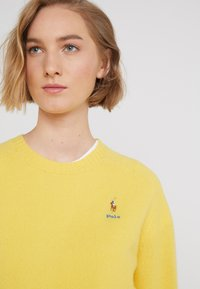 Polo Ralph Lauren - Jersey de punto - racing yellow - 4