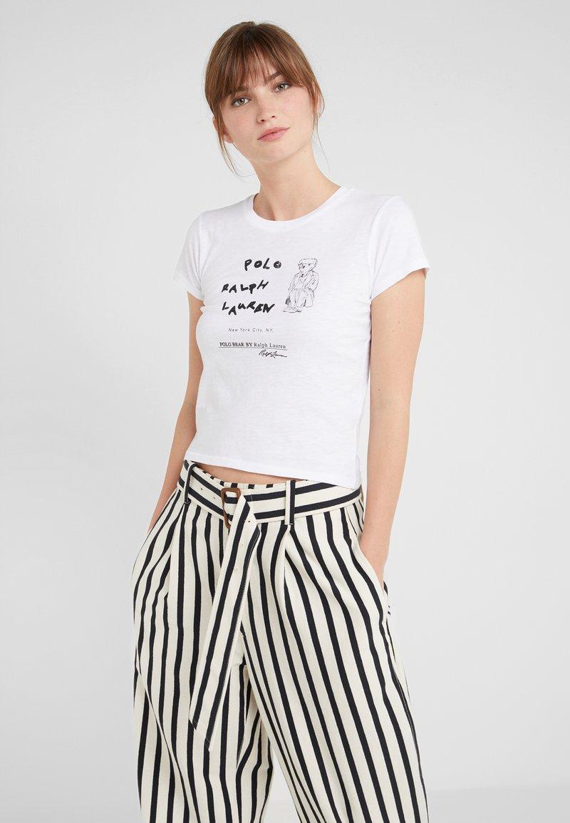 Polo Ralph Lauren - UNEVEN - Triko spotiskem - white