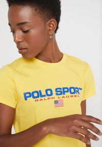 Polo Ralph Lauren - SPORT - Camiseta estampada - chrome yellow - 4