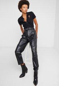 Polo Ralph Lauren - Polo shirt - black - 3