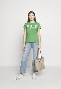 Polo Ralph Lauren - Printtipaita - tiller green - 1