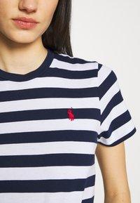 Polo Ralph Lauren - TEE SHORT SLEEVE - Camiseta estampada - dark blue/white - 4