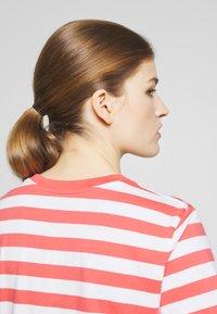 Polo Ralph Lauren - STRIPE SLEEVE - T-shirt con stampa - amalfi red/white - 5