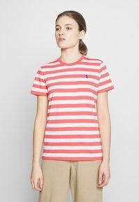 Polo Ralph Lauren - STRIPE SLEEVE - T-shirt con stampa - amalfi red/white - 0