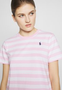 Polo Ralph Lauren - STRIPE SLEEVE - Camiseta estampada - carmel pink white