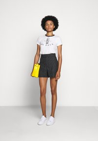 Polo Ralph Lauren - BEAR SHORT SLEEVE - Print T-shirt - nevis - 1