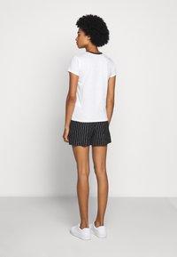 Polo Ralph Lauren - BEAR SHORT SLEEVE - Print T-shirt - nevis - 2