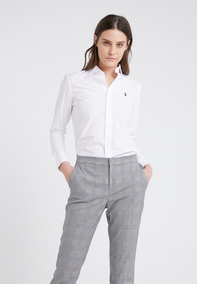 KENDALL SLIM FIT - Skjorta - white
