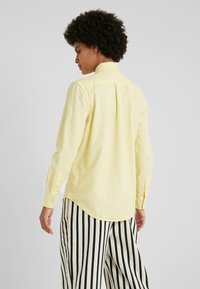 Polo Ralph Lauren - RELAXED FIT - Košile - banana peel - 2